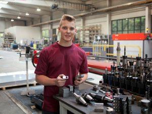 Lehrlinge Metall-Auer, Stahlbau, Metallbau, Ausbildung, Lehre