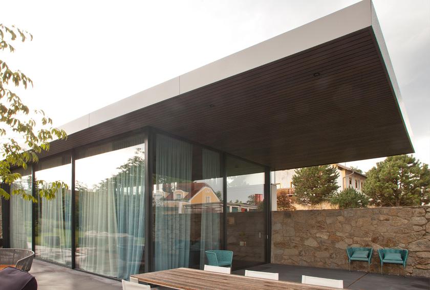 Fassaden, Gebäudehüllen, Ganzglasfassaden, Fenster, Portale, Alu-Fassaden